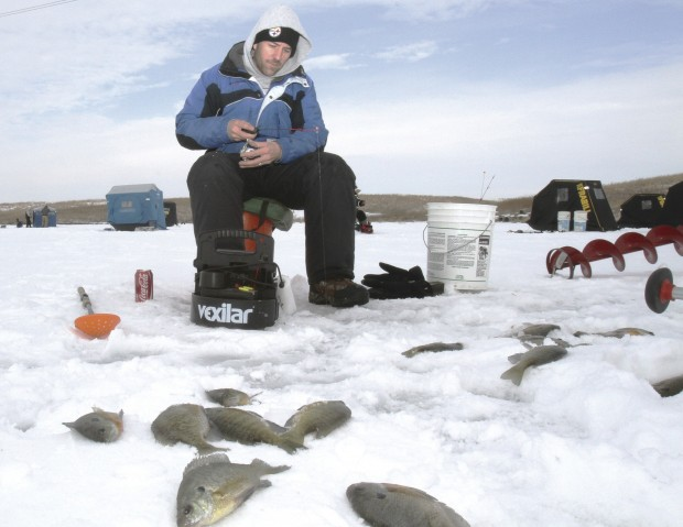 Ice fishing fresh air and no bugs lifestyles for Ice fishing iowa