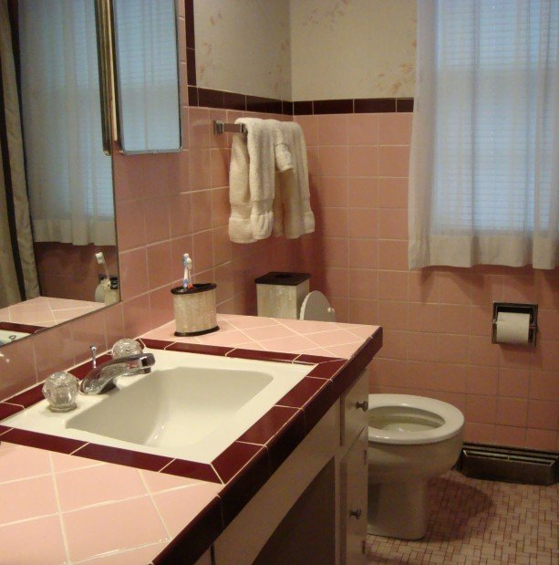 Pink 39 50s bathroom home rookies for Bathroom design 1930 s home