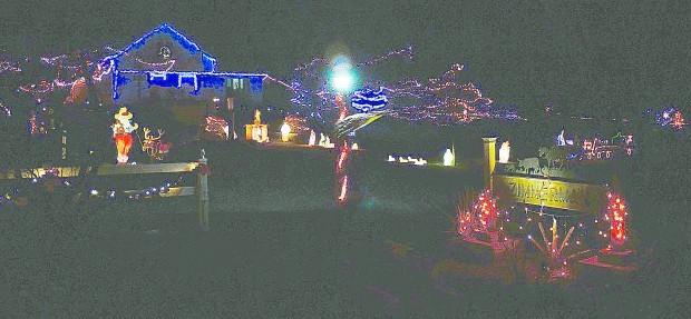 Muscatine Christmas Lights