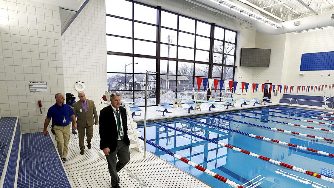 Photos Davenport Central 39 S New Swimming Pool High School Swimming