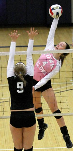 Photos: Iowa vs Illinois High School All-Star Volleyball Game