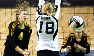 Photos: Bettendorf volleyball in state final
