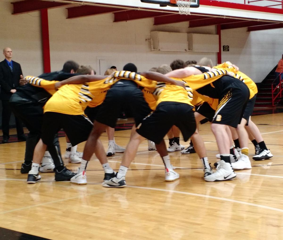 Bettendorf huddle