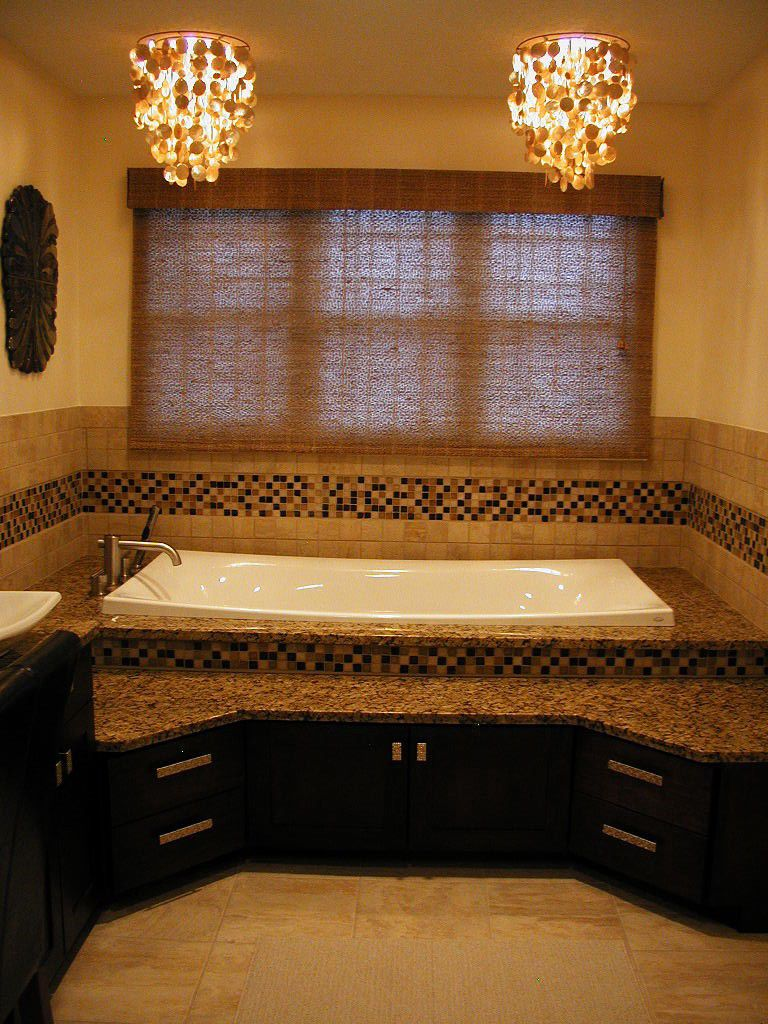 1-tub-room-front.jpg