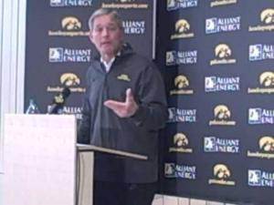 Hawkeye coach Kirk Ferentz