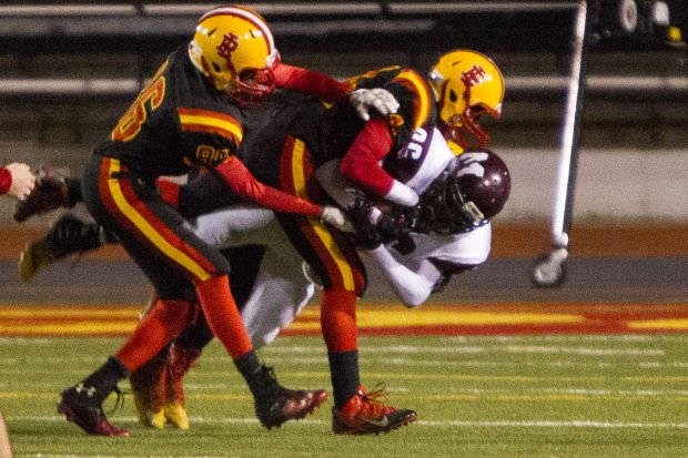 Photos moline at rock island football football for 186 davenport salon