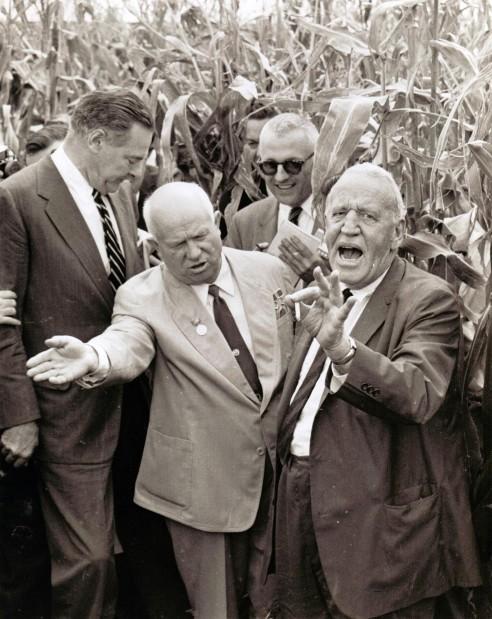Garst Talk Recalls Time Of Bedlam In Iowa Cornfield