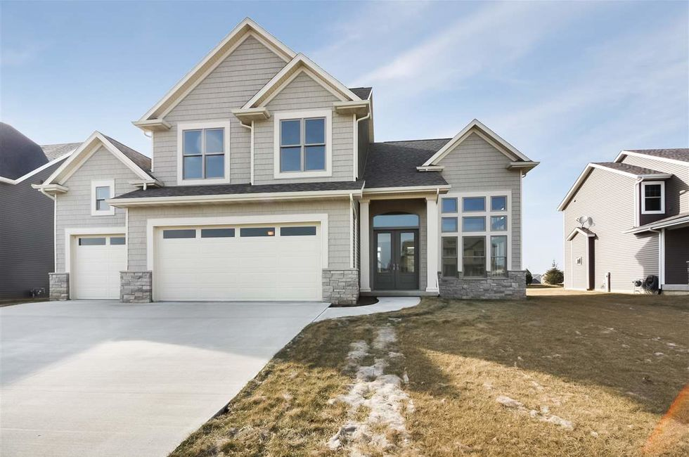 5 most expensive homes for sale in the quad cities area