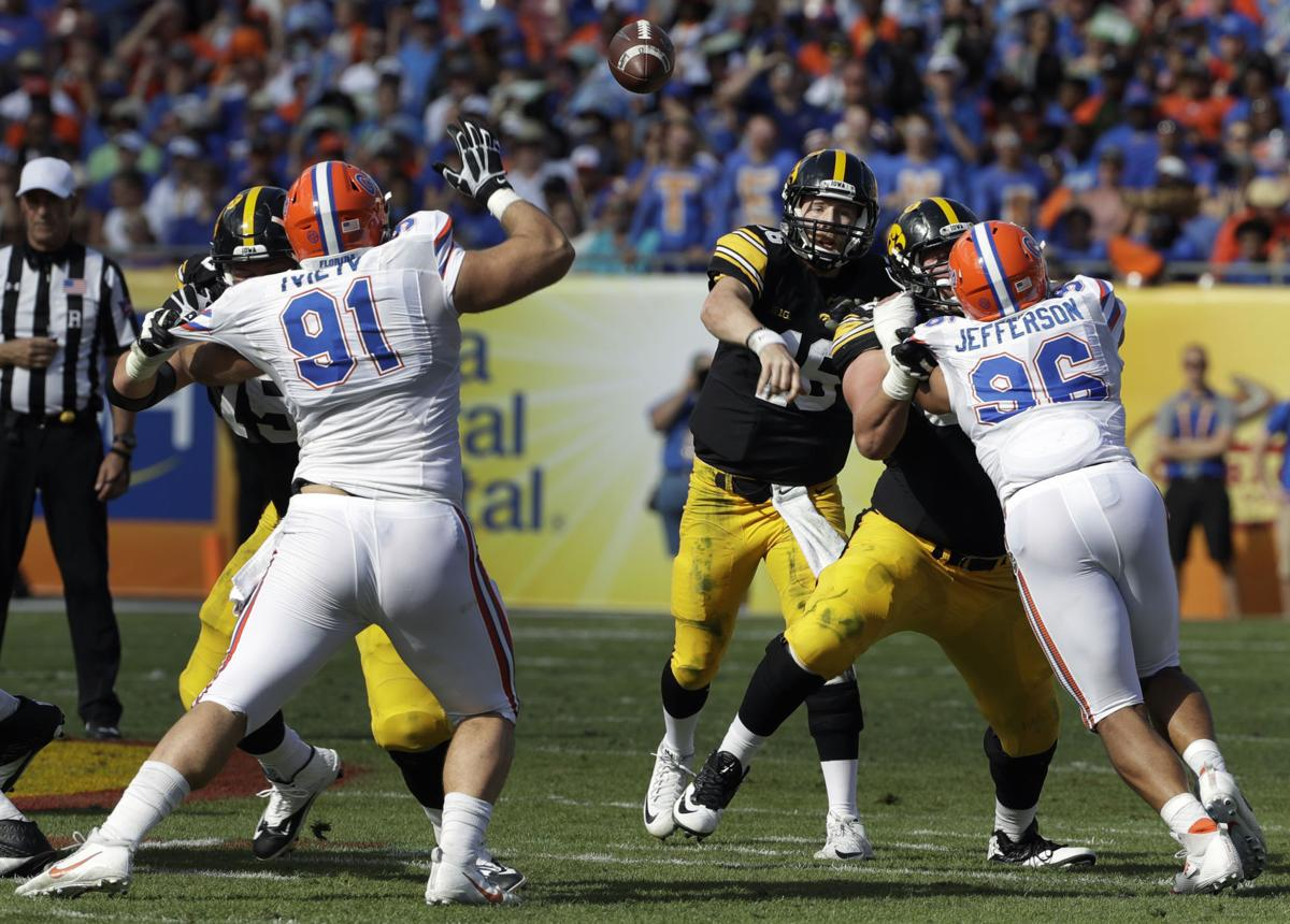 beathard fights to the finish of his hawkeye career iowa outback bowl football