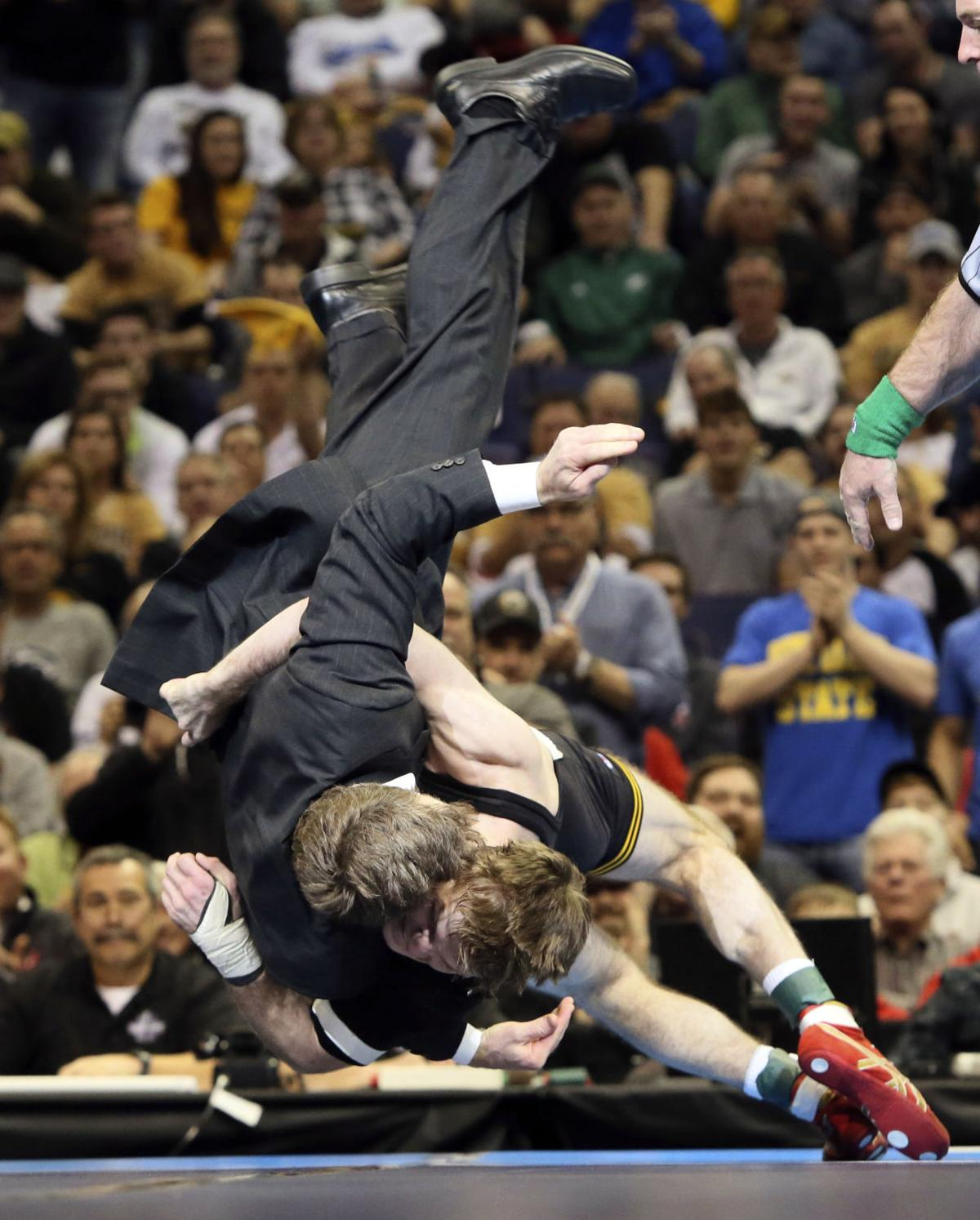 APTOPIX NCAA Championships Wrestling