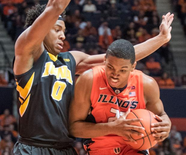 Second-chance points help Hawkeyes topple Illini