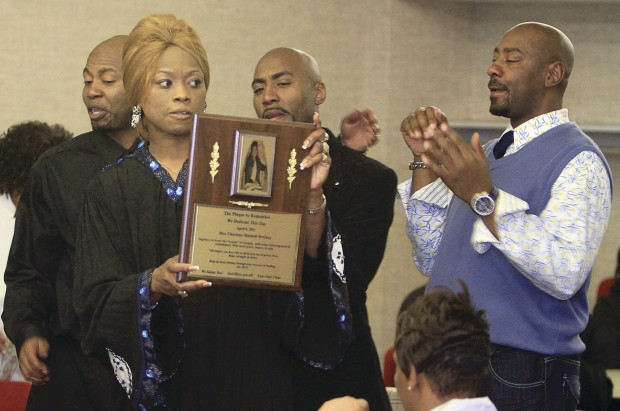 Family honors dialysis patient during ceremony Local News qctimes com