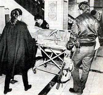 Cary Grant dies