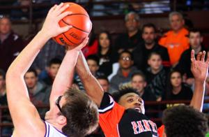 Photos : UT at Moline Boys Basketball