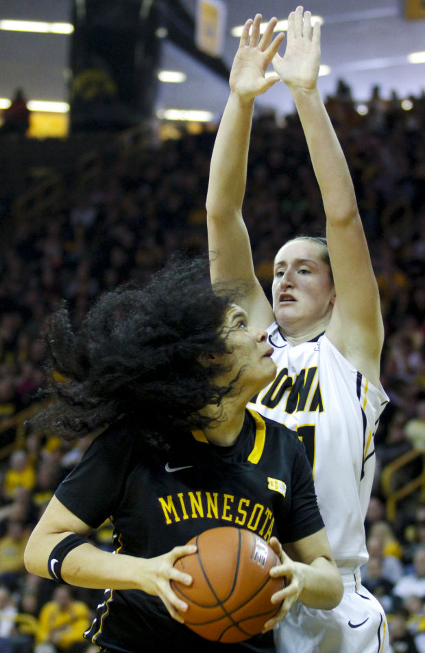 Seniors create a perfect ending to Hawkeyes' regular season