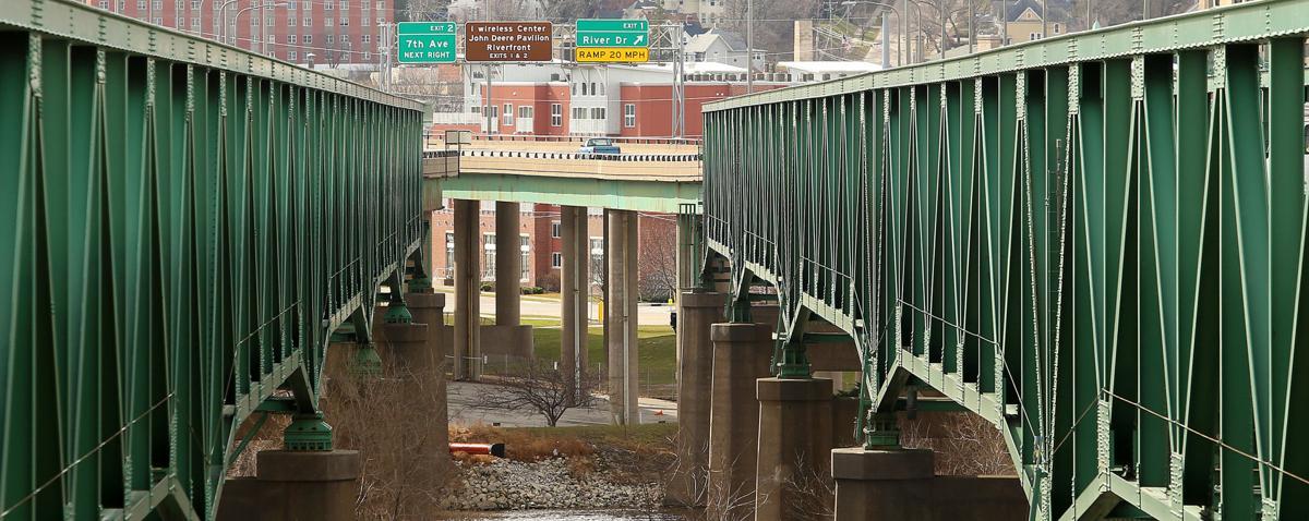Interstate 74 bridge