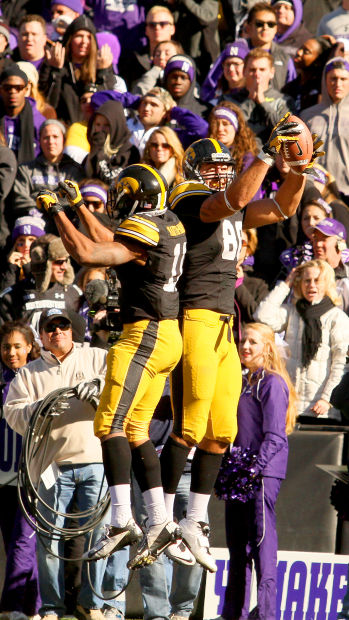 102613-iowa-northwestern12