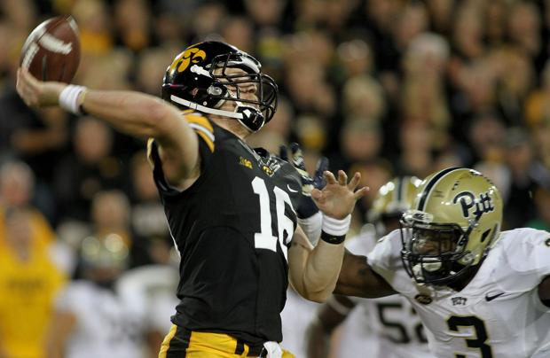 Hawkeyes focus on finishing at start of Big Ten play
