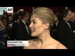 Stars get personal on Oscars Red Carpet