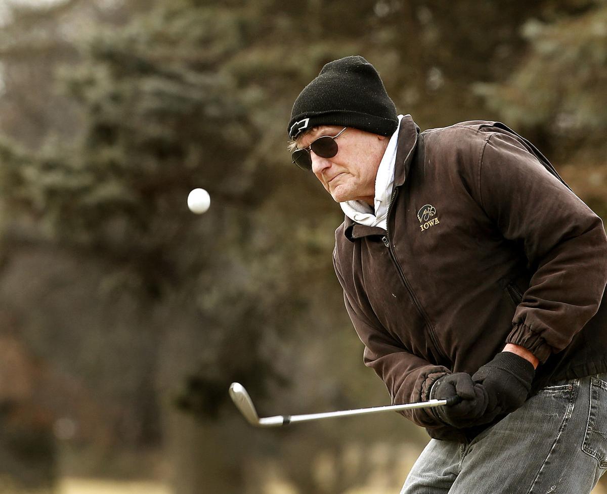 021617-golf-001