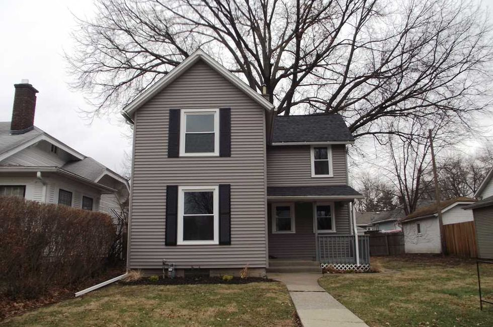 Affordable starter homes in the quad cities area home for Affordable 4 bedroom houses