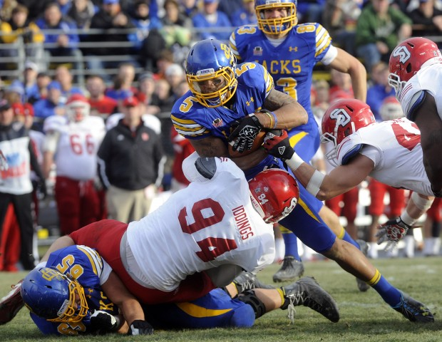 college football  jackrabbits jump on coyotes early