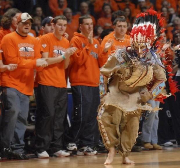 University Of Illinois Will Drop Chief Illiniwek Mascot