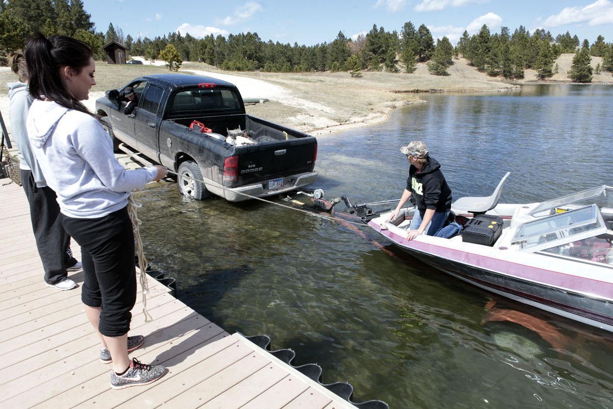 South dakota combats spread of aquatic invasive species for South dakota game fish