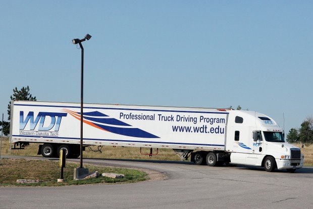 help wanted  truck drivers