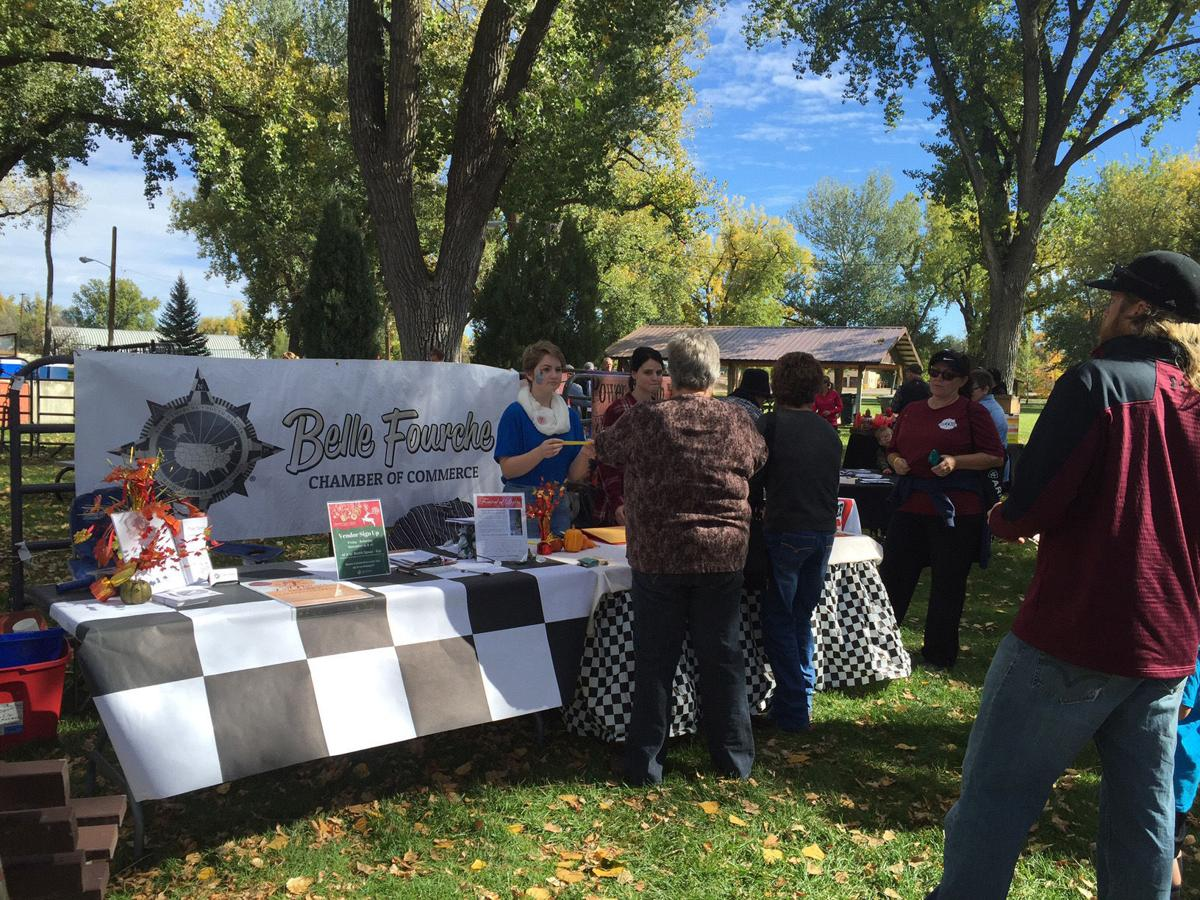 Chamber hosts fall flavors festival belle fourche for Chamber of flavours