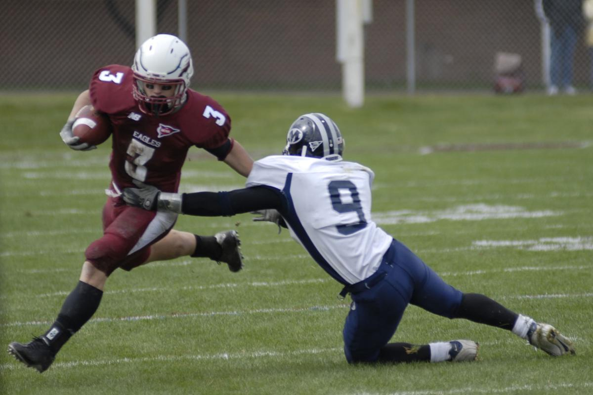 Woodhead Suffers Season Ending Knee Injury Sports