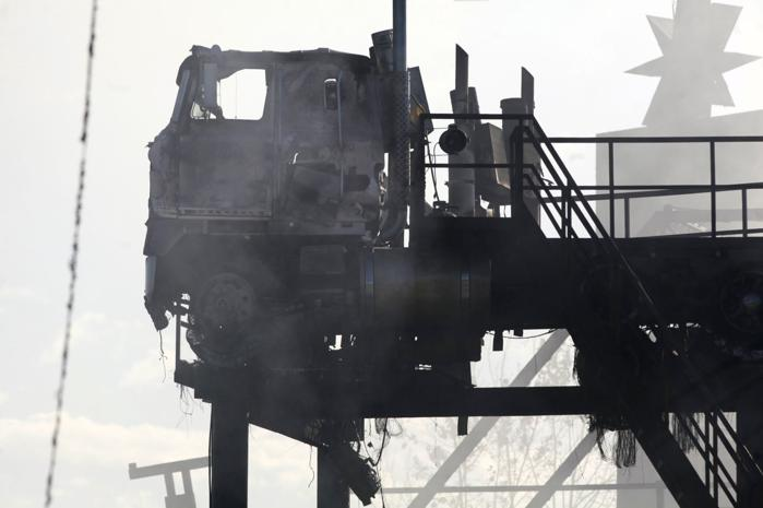 Updated full throttle saloon burns down sloonshine distillery s 500