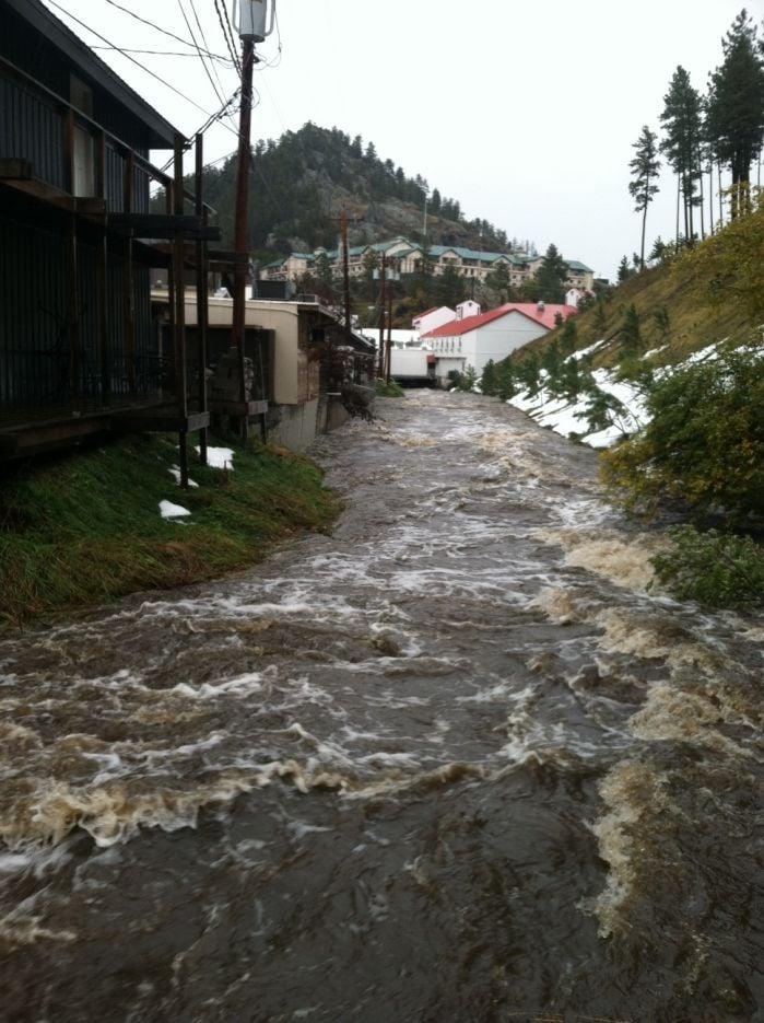 rain lightens  flooding eases in keystone  rapid city