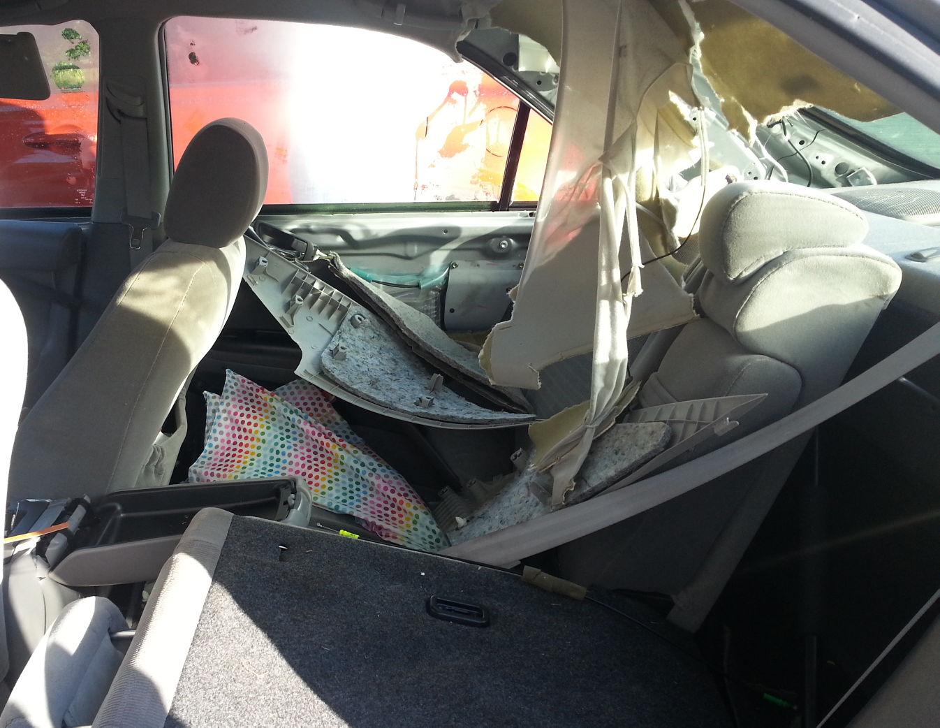 bear destroys car after getting trapped inside looking for food local news. Black Bedroom Furniture Sets. Home Design Ideas
