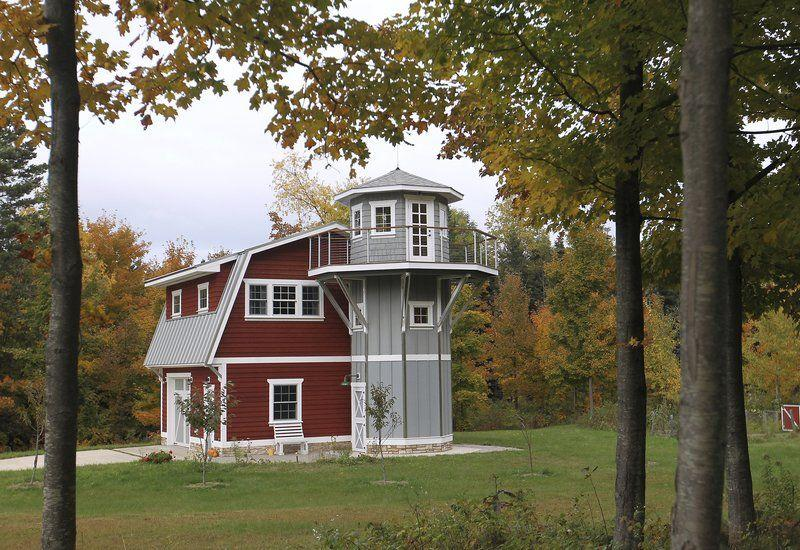 Couple joins small home movement with reproduction barn for Reproduction homes