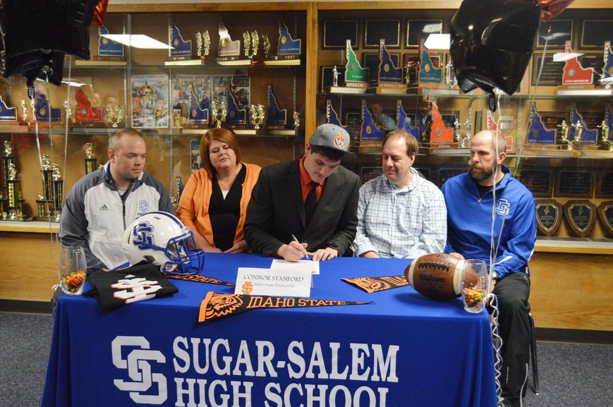 Sugar Salem S Stanford Signs For Isu Sports