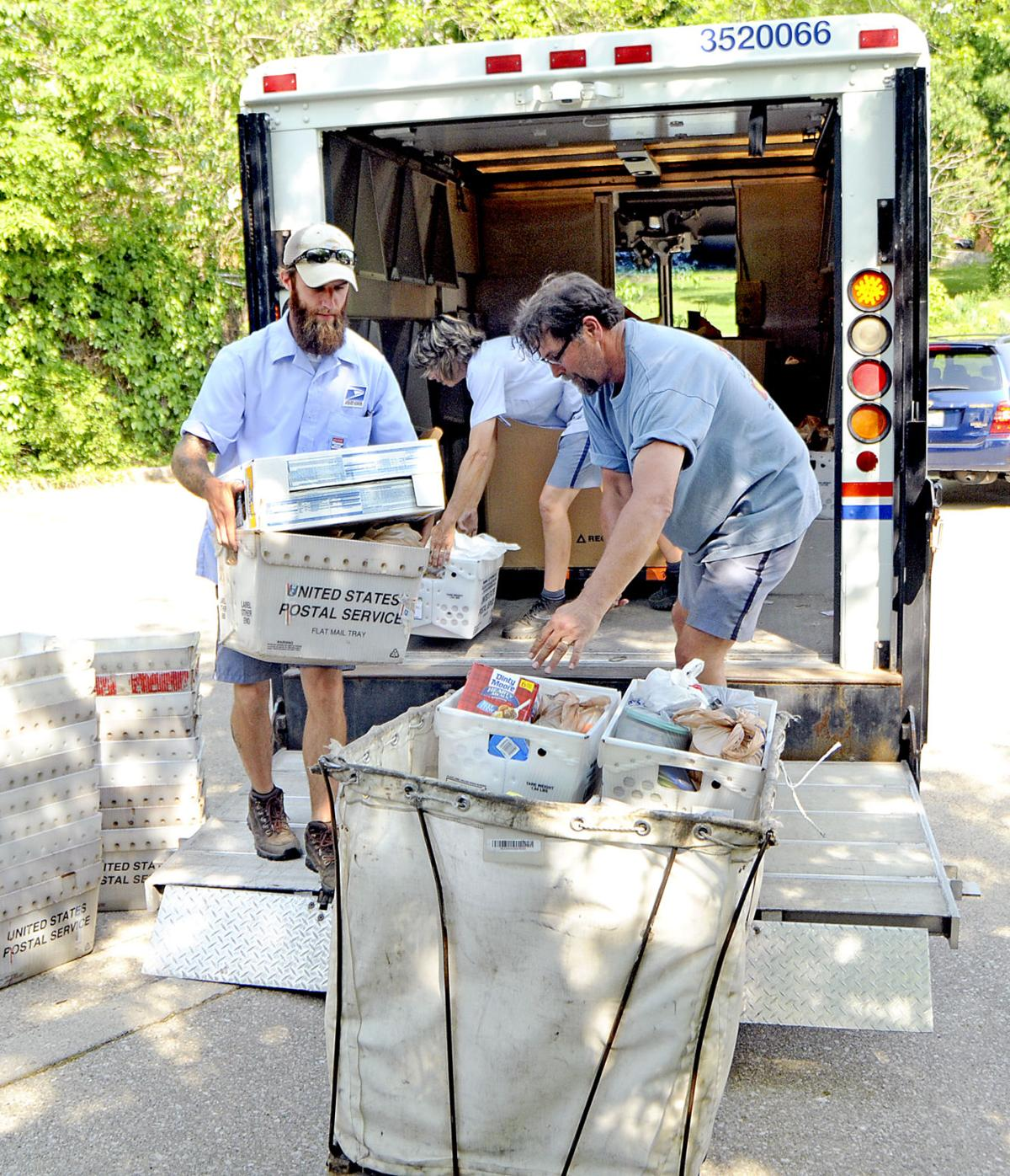 Letter carriers deliver food as well as mail saturday for Food pantry richmond ky