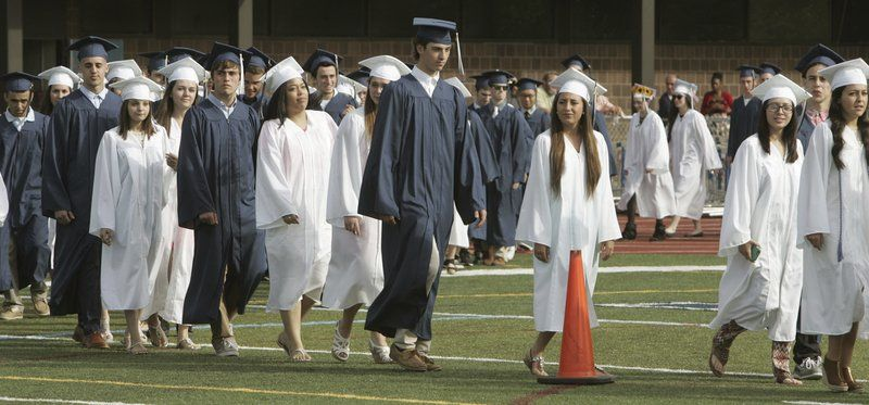 Peabody High will keep blue and white caps and gowns | Local News ...
