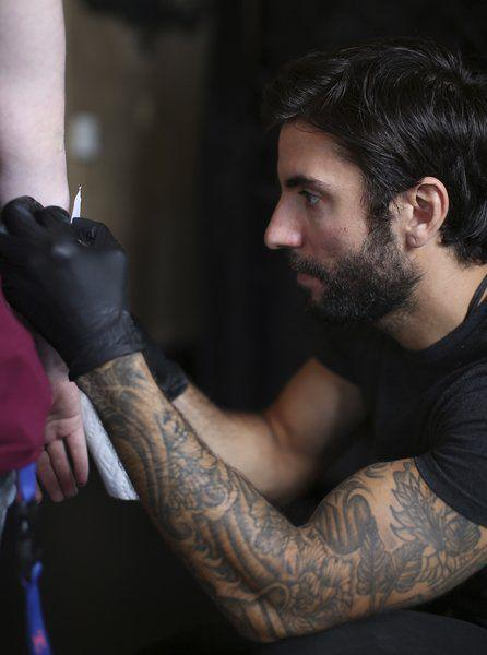 Brother tattoo artists from salem compete on 39 ink master for Tattoo shops in salem ma