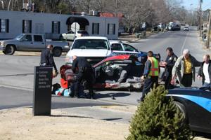 Chase ends in wreck in Albertville 3