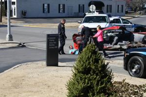 Chase ends in wreck in Albertville 4