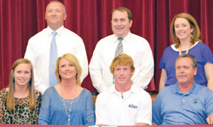 Stephens to play college golf