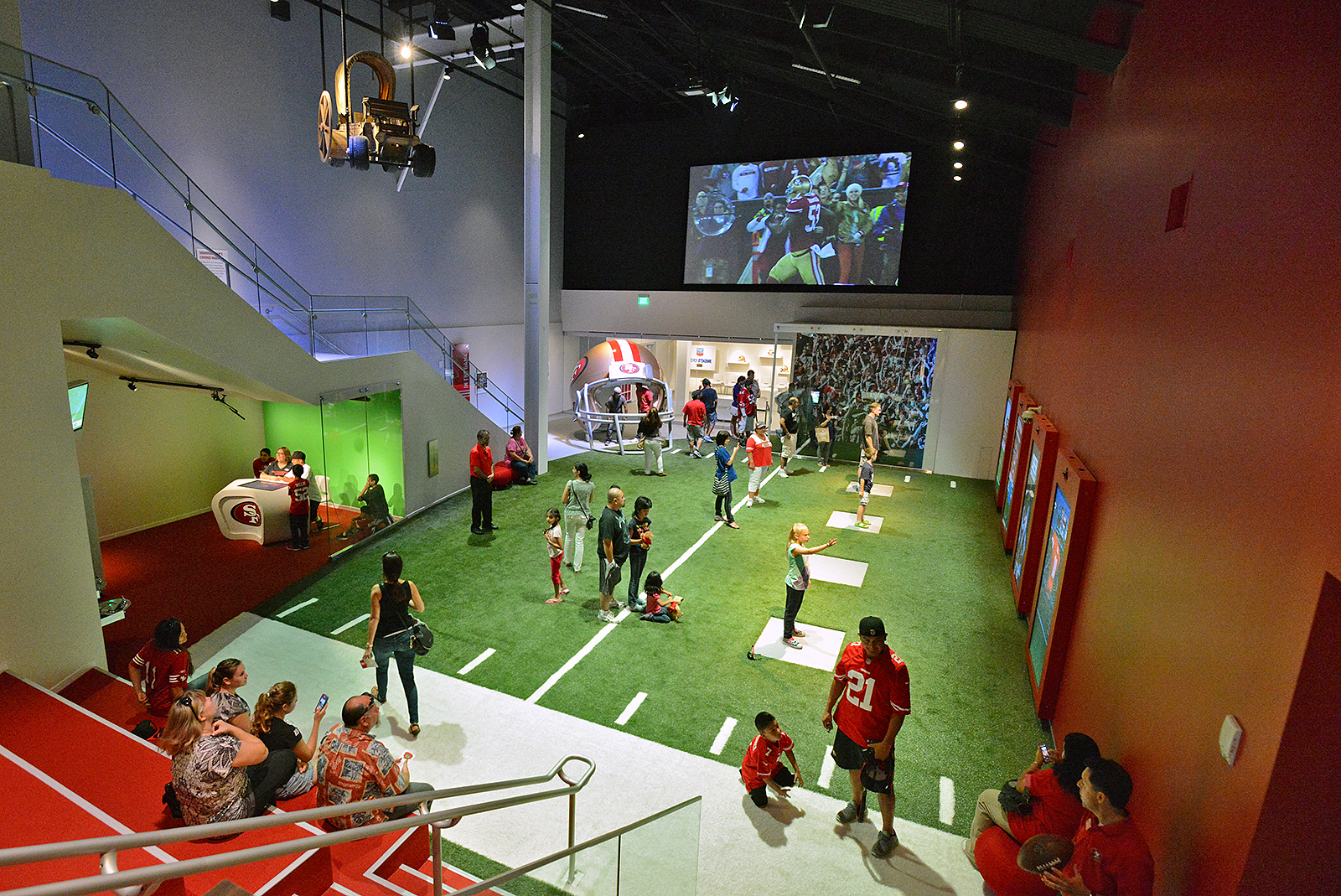 Gallery tour of san francisco 49ers museum football for San francisco new museum