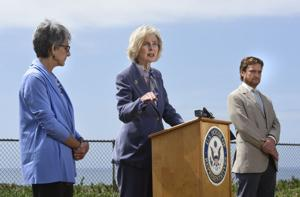 Capps introduces bill to halt offshore fracking