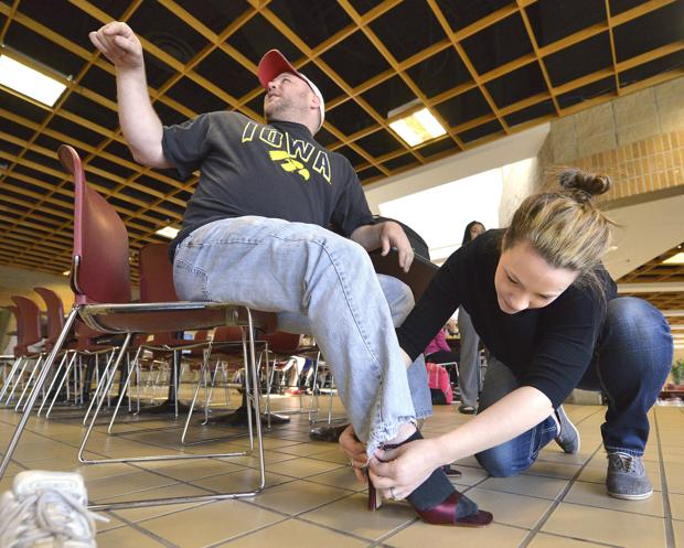 KARSYN: Briar Cliff students, staff in stilettos take a stand on sexual assault