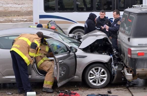 Photos traffic blocked for sioux city crash crime and courts siouxcityjournal com