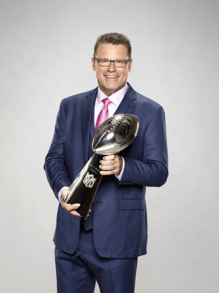 howie long shoes
