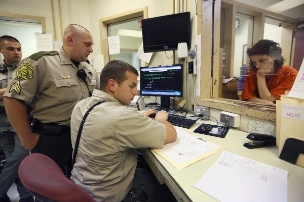 Photos a night in the woodbury county jail crime and courts