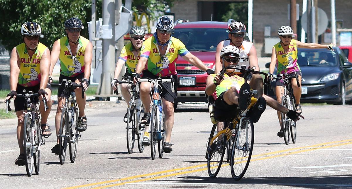Sunday Bike Ride Around Madison >> Photos: RAGBRAI in Sioux City | News | siouxcityjournal.com