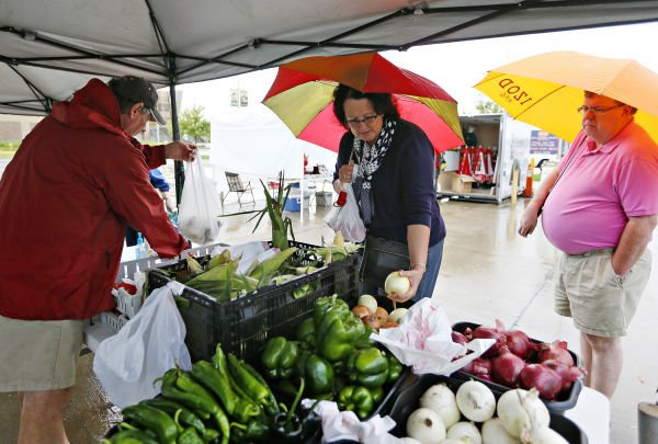 Sioux City Farmers Market Opens Wednesday Seeks New